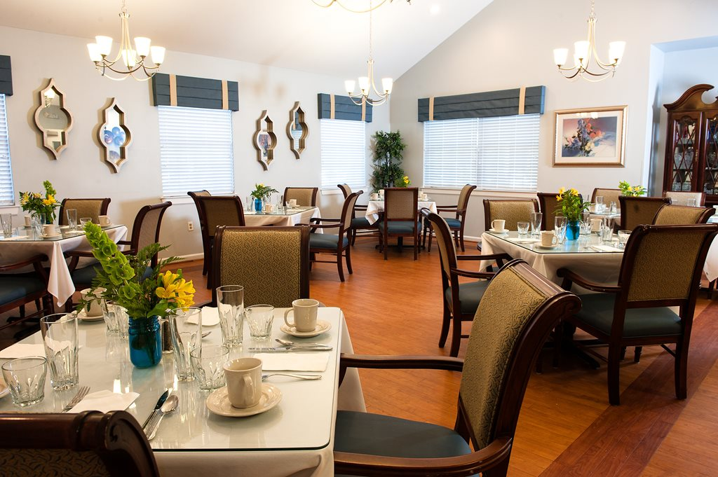 Commonwealth Senior Living at King's Grant House