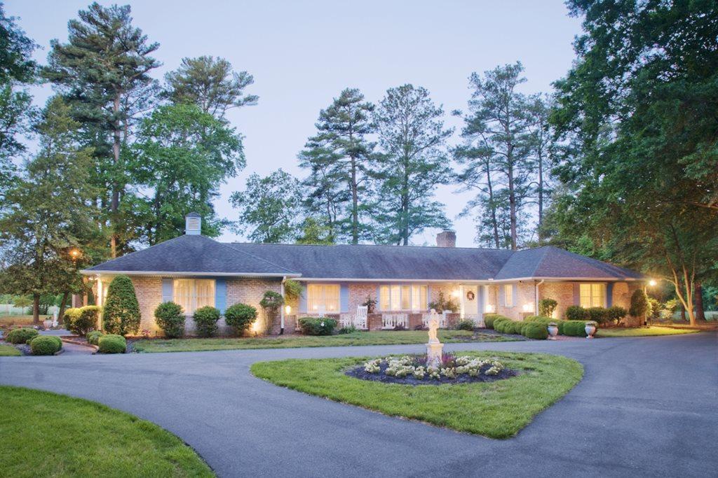 Chesapeake Manor
