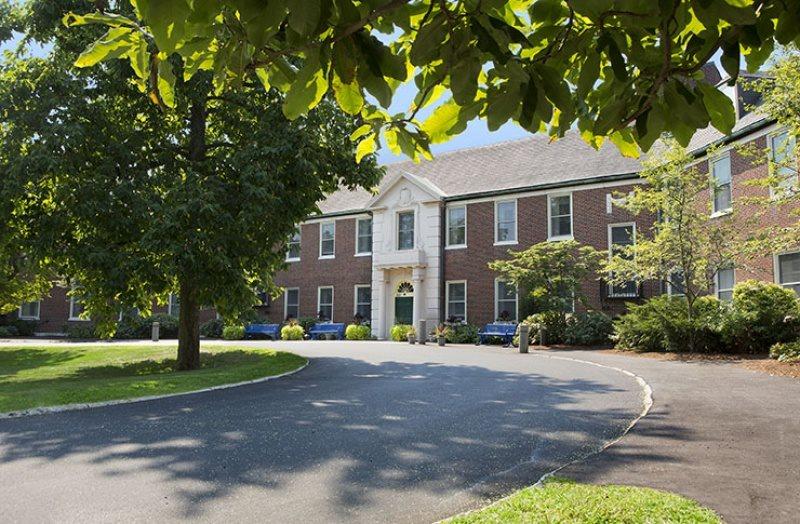50 Nursing Homes Near Cambridge MA