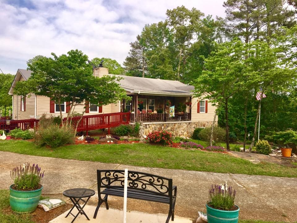 50 assisted living facilities near lawrenceville ga a place for mom