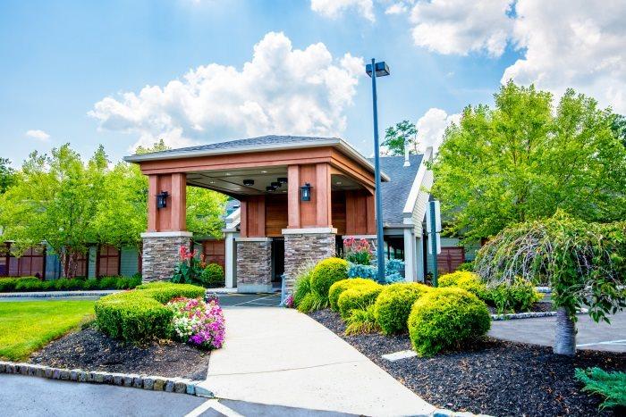 50 Assisted Living Facilities near Far Rockaway, NY| A Place For Mom